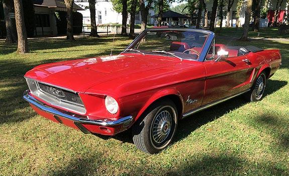 Fahrzeug Ansicht 1, Ford Mustang Cabriolet, Baujahr 1968, rot 3