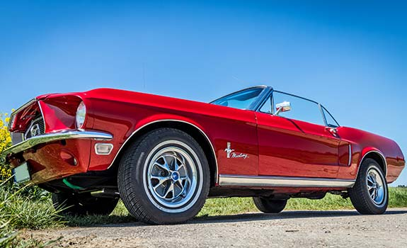 Fahrzeug Ansicht 2, Ford Mustang Cabriolet, Baujahr 1968, rot 1