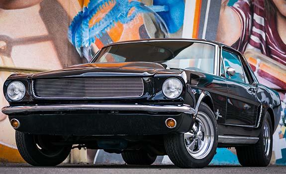 Fahrzeug Bild 1, Ford Mustang Coupe, Baujahr 1965, schwarz