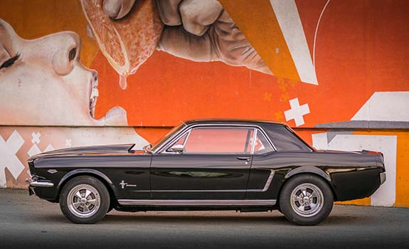 Fahrzeug Bild 2, Ford Mustang Coupe, Baujahr 1965, schwarz