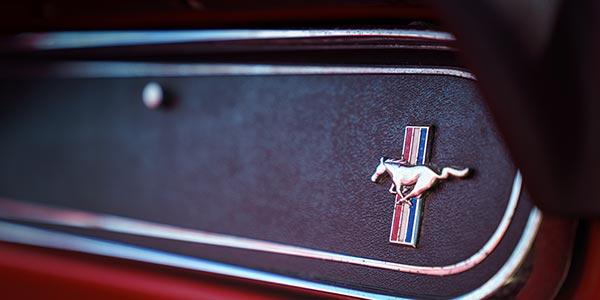 Handschuhfach von einem Ford Mustang